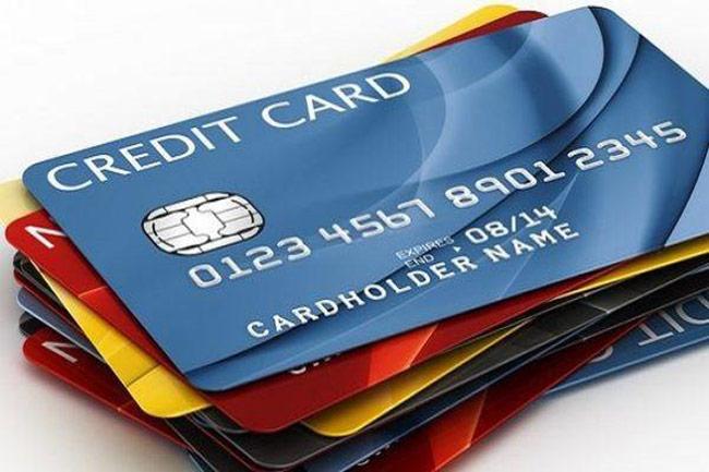 có nên làm thẻ tín dụng hay không