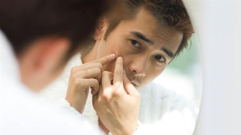 Sử dụng sản phẩm đặc trị nếu có vấn đề về da