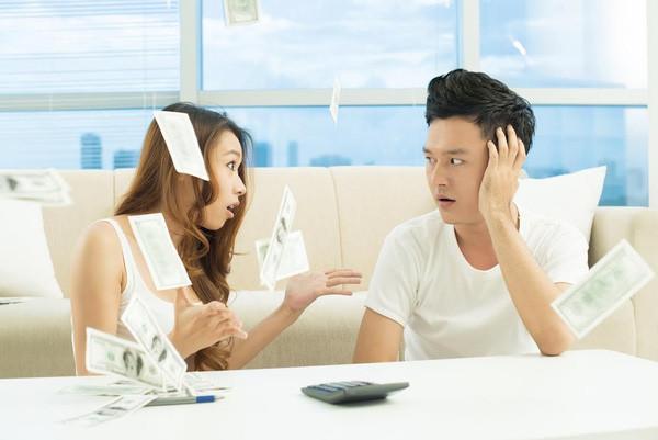 Cân bằng tài chính trong quan hệ tình cảm